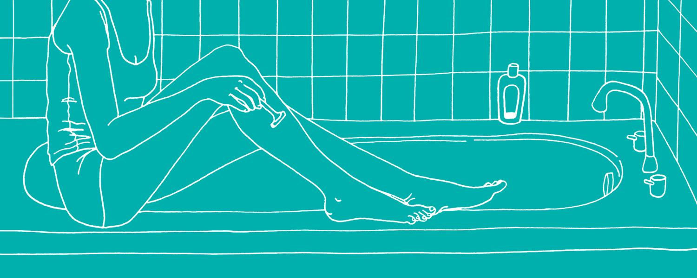 Devojka brije noge